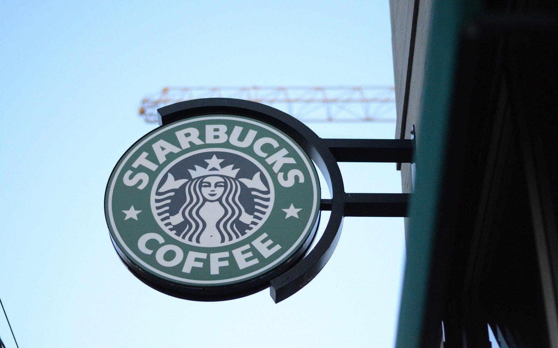 enseigne-starbucks-cafe